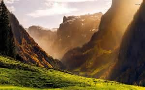 mountaintop-valley